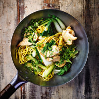 Chicken with pak choi & noodles