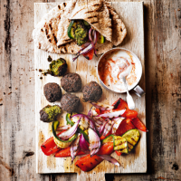 Griddled vegetable pittas with falafels