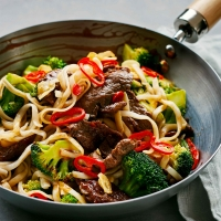 BeefBroccoli-noodles-cropped