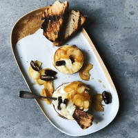 Baked Camembert with caramelised apples and figs