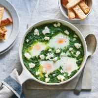 Spinach-and-ricotta-baked-eggs