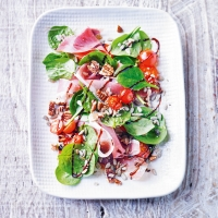 Waitrose-Weekend_MIM_263_Spinach-&-Palma-Ham-salad131631-3