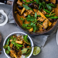 Aubergine and peanut butter curry