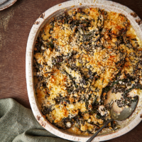 Cavolo nero gratin with crème fraîche and roast garlic