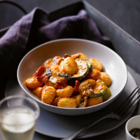 Gnocchi with vegetables in a tomato and mascarpone sauce