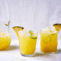 Pineapple, lime and ginger beer cooler