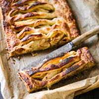 Rustic pear and apple pie with hazelnuts