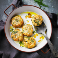 Salmon & rosti fishcakes