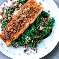 Salmon, spicy grains & balsamic kale