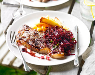 Sirloin steak with spiced beetroot salsa