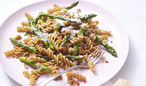 Chargrilled asparagus pasta