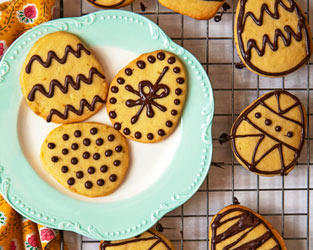 Martha Collison's Easter egg biscuits