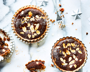 Gingerbread bakewell tarts