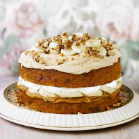 banoffee and peanut butter cake