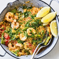 Quinoa paella with prawns & beans