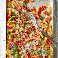 Roasted-tomato-&-anchovy-pasta