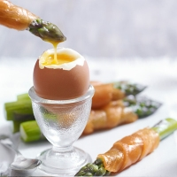 Soft Boiled Eggs with Smoked Salmon and Asparagus