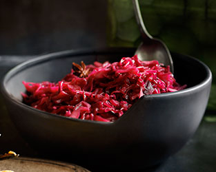 Maple-braised red cabbage