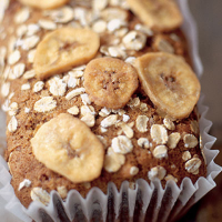 Banana, chocolate & oatmeal tea bread