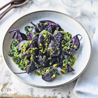 Baked beets with coriander, mint & pistachios