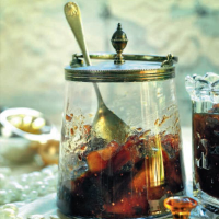 Dried fruit chutney with port