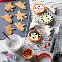 Halloween spice biscuits