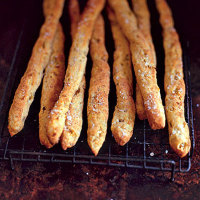 Onion and mustard breadsticks