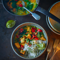 Quick spinach, sweet potato and coconut stew