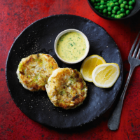 Smoked haddock & leek fishcakes with spiced butter
