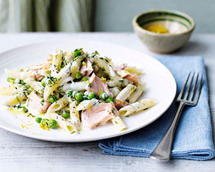 Penne with salmon, lemon and dill