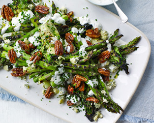 Grilled asparagus, pecans and blue cheese dressing