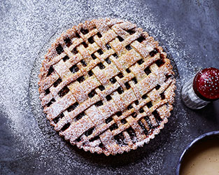 Mincemeat and apple crostata