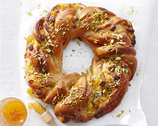 Mango, cardamon & white chocolate Easter bread