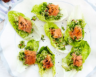 Avocado & smoked salmon boats