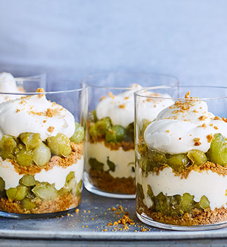 Gooseberry and elderflower trifles