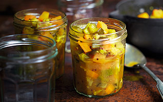 Hot & spicy piccalilli