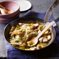 Chicken with fennel and potatoes