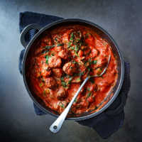 Baked meatballs with tomato & mascarpone