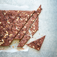 Cashew, banana and cacao bars