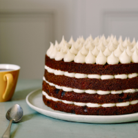 Edd Kimber's Carrot cake with mascarpone frosting