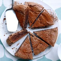 Kladdkaka (Swedish sticky chocolate cake)