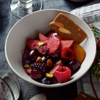 Mulled fruit compote