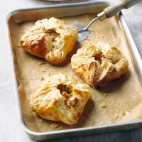 Turkey & ham pasties
