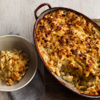 Cauliflower and pancetta macaroni cheese