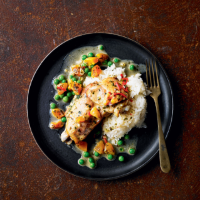 Chicken with coconut & apricots