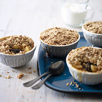 Easy winter fruit crumble