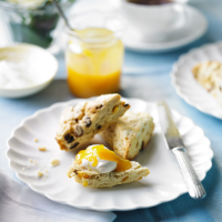 Fruit scones with orange scented cream