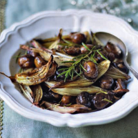 Glazed shallots with chestnuts