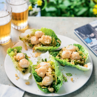 Gochujang chilli scallops in lettuce cups