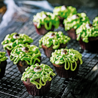 Green thing cupcakes